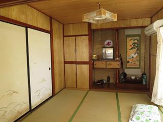 mikajo-room.jpg