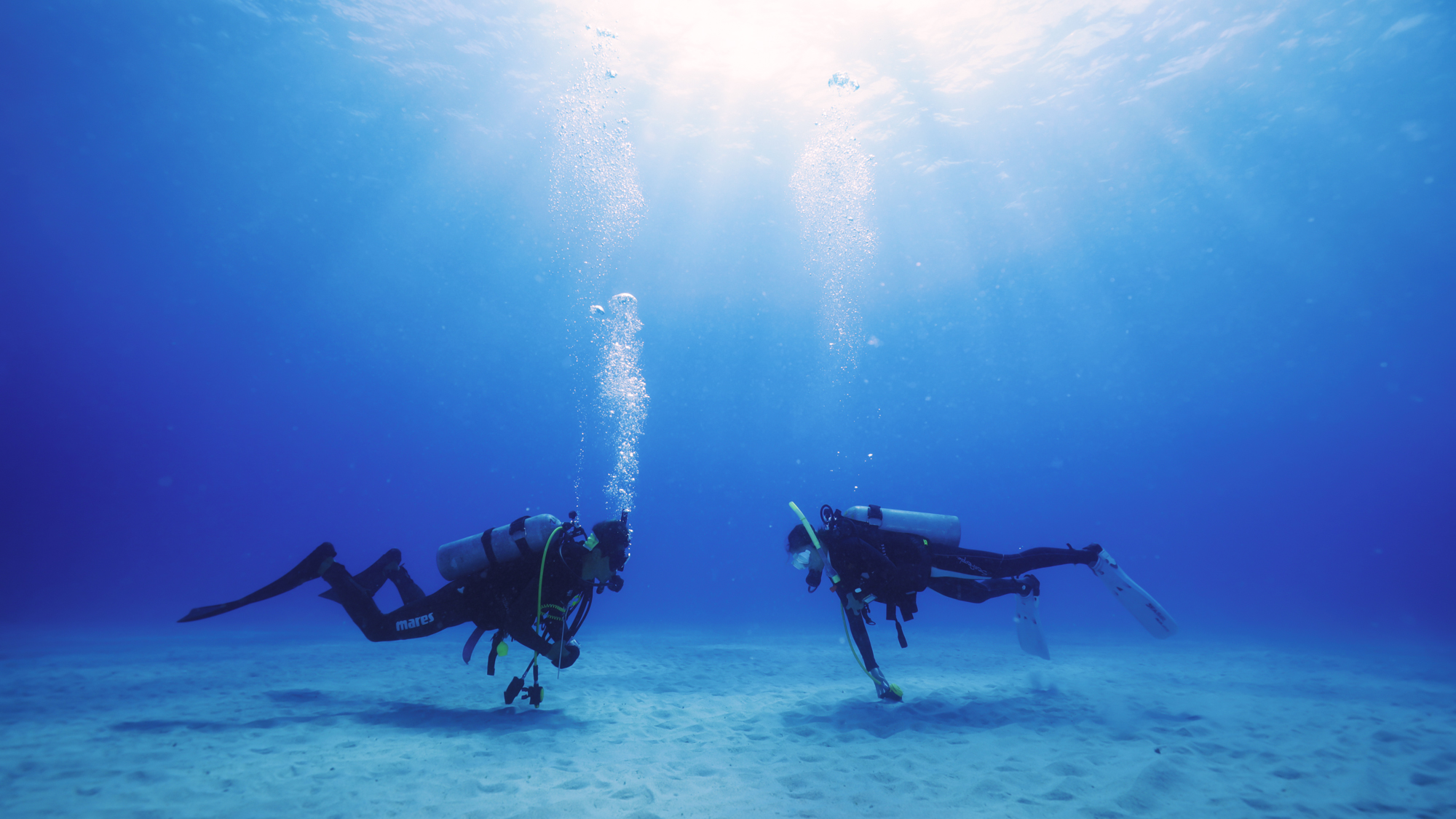 Dive at white sand at the Kerama islands in Okinawa